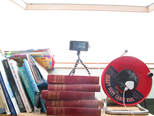 Time lapse photography with Instalapse, Hipstacase and Gorillapod.